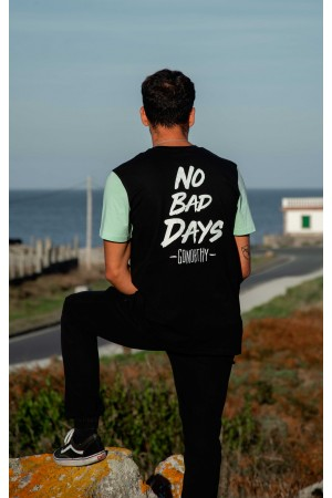 Camiseta No Bad Days negra...